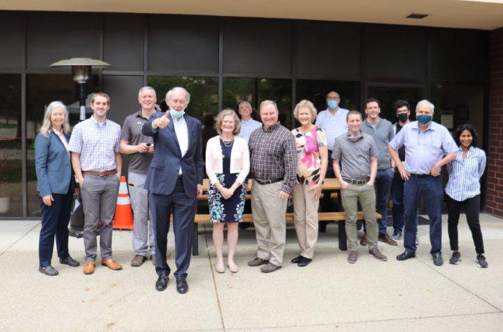Ed Markey tours Aerodyne to support climate change, PPP, and SBIR programs